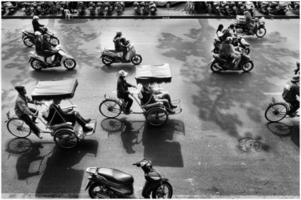 fietstaxi's in de straat foto