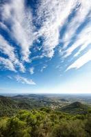 uitzicht vanaf de berg sant salvador, mallorca foto