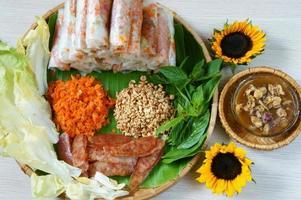 Vietnamees eten, bo bia