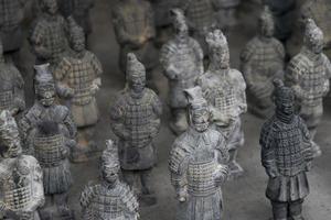 speelgoed van de beroemde terracotta krijgers van Xian, China foto