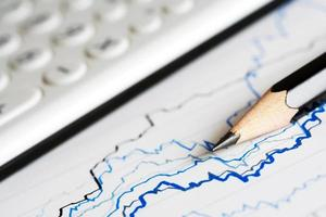 financiële grafieken en diagrammen foto