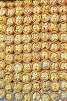 traditionele Turkse zoetigheden op de Egyptische bazaar van istanbul foto