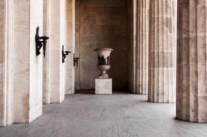 zuilengalerij in klassieke stijl foto