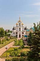 dormition cathedral (1512) in dmitrov, rusland foto