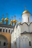 kerk van de afzetting van de mantel, kremlin van moskou, rusland foto