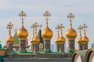 koepels terem paleiskerken, tempel van afzettingsmantel, kremlin van moskou foto