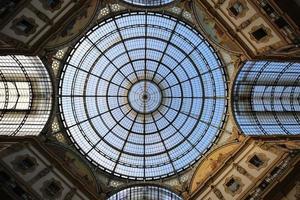 galleria vittorio emanuele ii (binnen, achthoek) foto