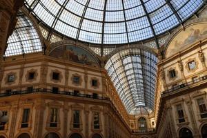galleria vittorio emanuele ii (binnen) foto