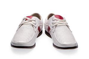Heren zomer witte elegante leren schoenen foto
