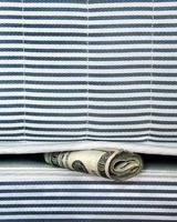 geld in de matras foto