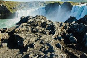 prachtige levendige panorama foto met uitzicht op de waterval in IJsland