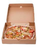 heerlijke pizza op tafel foto