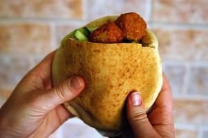 eten en keuken - falafel foto