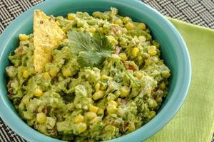 verse zelfgemaakte dikke guacamole dip foto