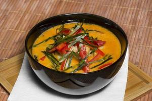 Thaise choo chee curry foto