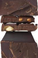 gebroken pure chocolade foto