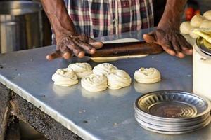 Indiaas brood bakken