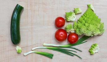 mediterrane salade groenten foto