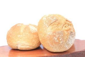 vers brood op houten achtergrond foto