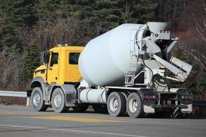 cement vrachtwagen foto