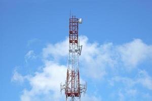 telecommunicatie-antenne - stock beeld