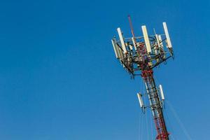 telecom mobiele telefoon toren. foto