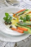 presentatie van gemengde groenten foto