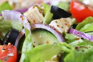 salade met verse groenten foto