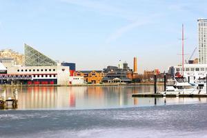 Baltimore binnenhaven in de winter.