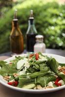 salat met kaas foto