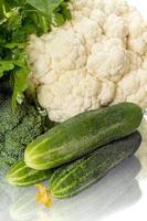 komkommers en kool foto
