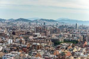 skyline van barcelona - ongebruikelijk perspectief foto