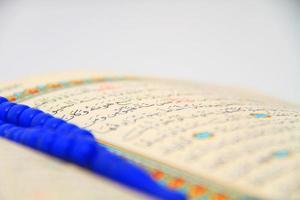 rozenkrans en koran foto