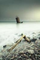 maritiem landschap bij zonsondergang foto