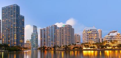 stad van miami florida, downtown kantoorgebouwen foto