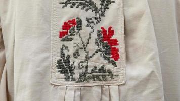 oude kruissteek - Oekraïne, fragment, kleding foto