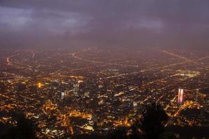 bogota schemering skyline foto