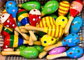 kleurrijke maracas foto
