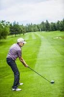 golfspeler aan het begin met copyspace voor uw tekst foto