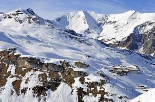 skistation bij hintertuxer gletsjer foto