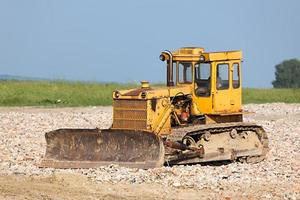 oude bulldozer foto