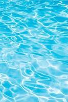 blauw zwemmen foto