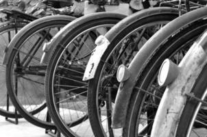 vintage fietsonderdelen, conceptie van zeldzame items. foto