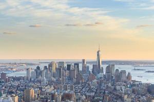 uitzicht op de Freedom Tower en de skyline van Manhattan foto