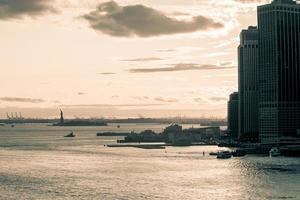 zicht op Liberty Island, New York, Verenigde Staten foto