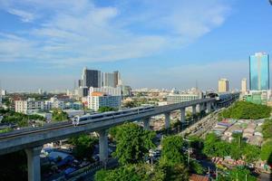 treinverbinding tussen bangkok en luchthaven foto