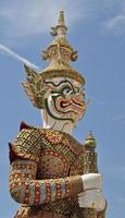 standbeeld in het grote paleis, bangkok, thailand. foto