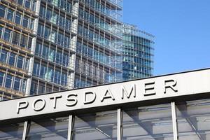 kantoorgebouwen in potsdamer platz, berlijn foto