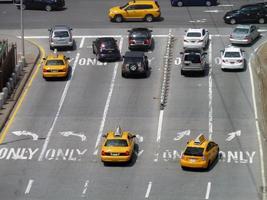 verkeer in new york city foto