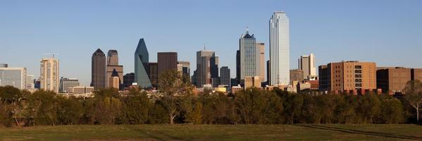 De skyline van dallas texas foto